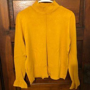 🌟3/$10🌟Trumpet Sleeve Sweater